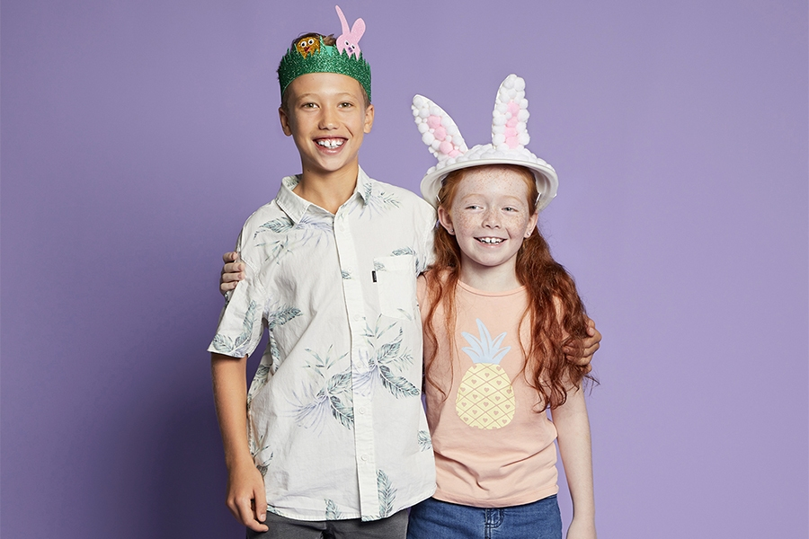 Easy craft project for kids: glitter foam garden and Easter bunny hat