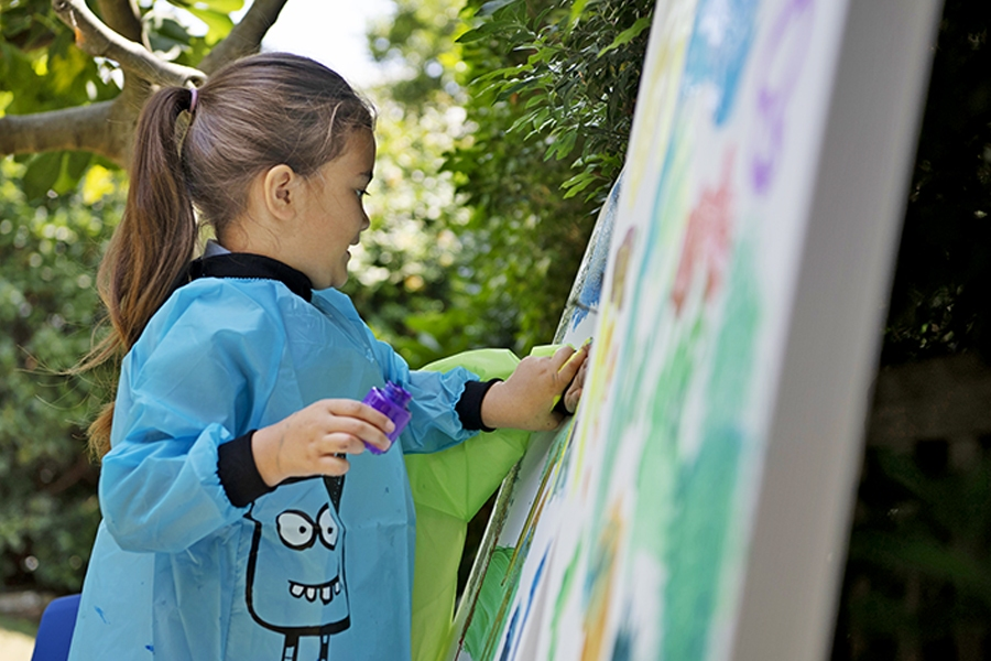 Painting in early childhood encourages creativity