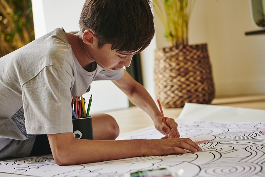 Help anxious kids manage stress by colouring in