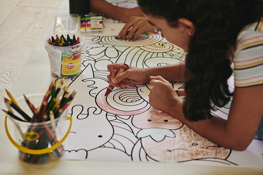 Child colouring to build hand eye coordination