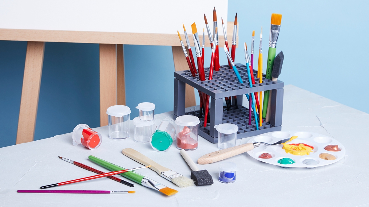 This list of art supplies will take your painting and drawing kit to another level