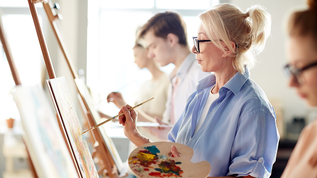There are many benefits of art classes for adults, from communication to creativity