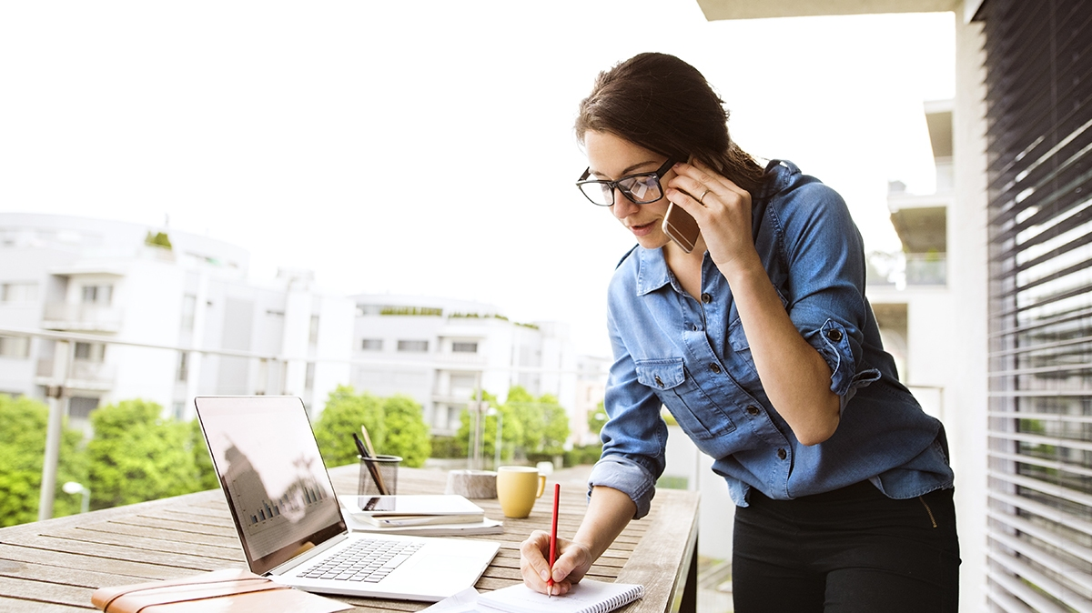 How to reduce spending in the workplace for small businesses.