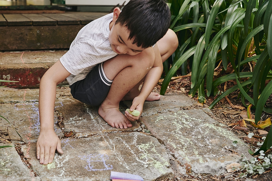 The benefits of solo play for kids
