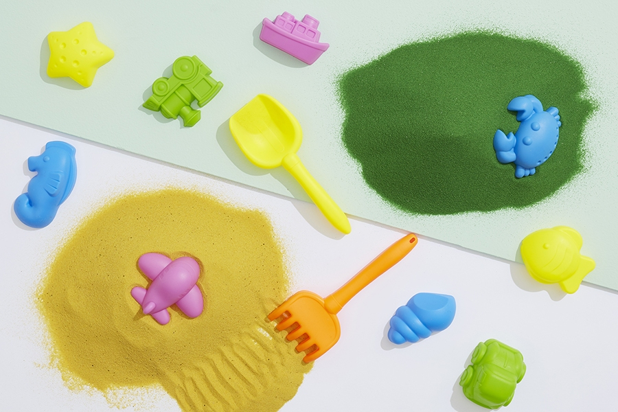 Sensory sand promotes creativity and experimentation and can help kids learn STEM skills