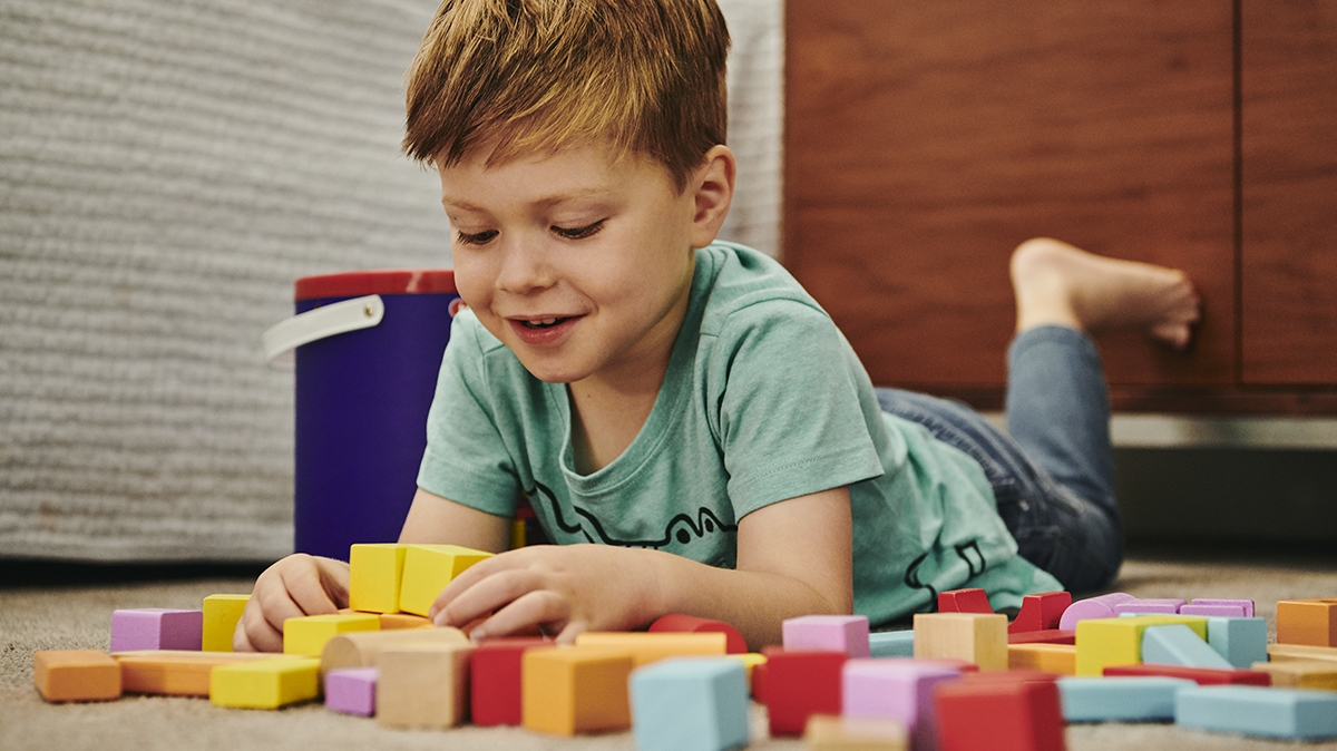 Encouraging kids to play solo has many benefits.