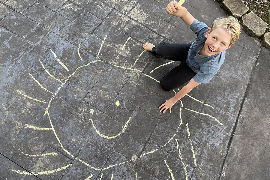 Easy and educational chalk drawings for kids to try on their own.