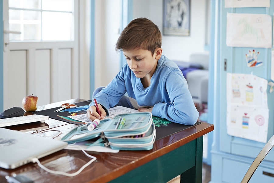 Parents can effectively help kids with homework with these expert teaching tips.