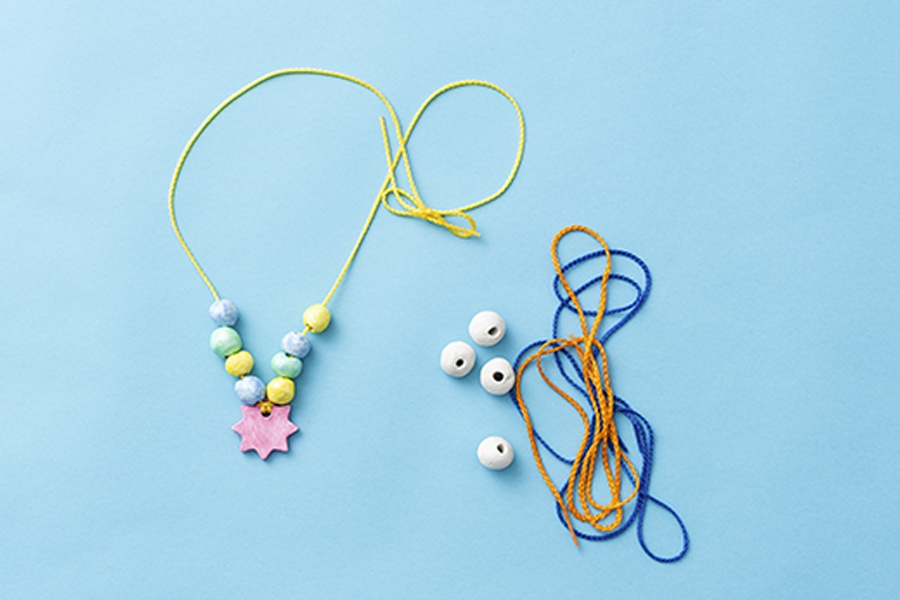 Clever craft projects for kids to make at home: clay necklaces