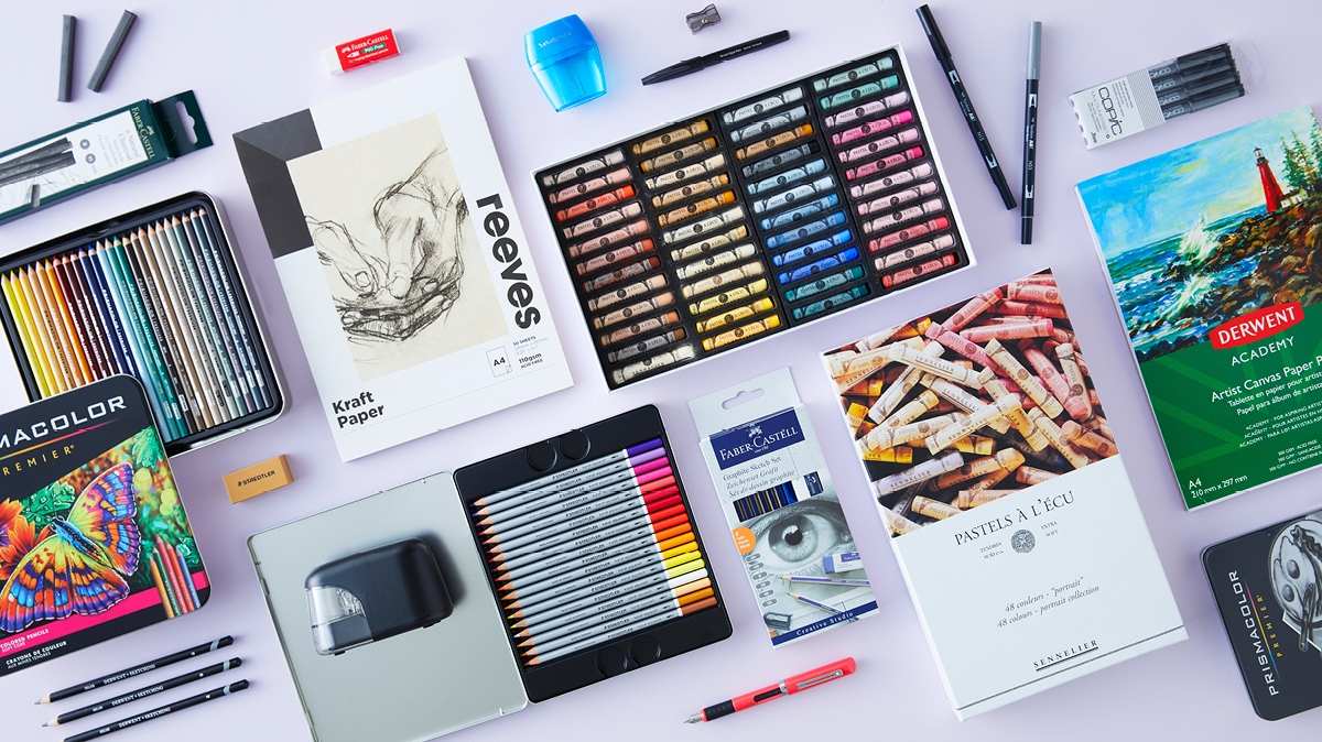 We've found everything you need for a great sketch kit, including the best paper and pencils for sketching.
